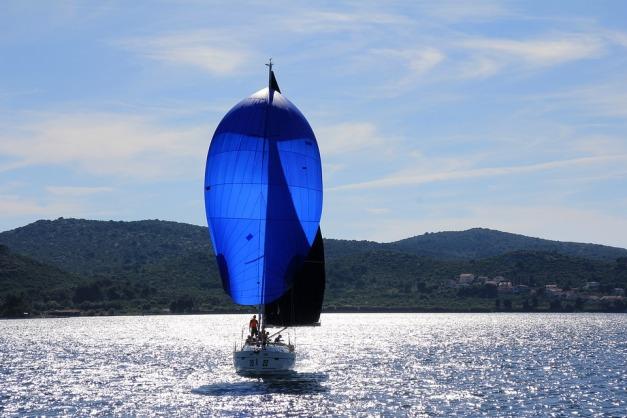 sailing-boat-1473281_960_720